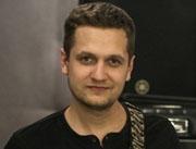 В нашей школе появился новый педагог по игре на гитаре –  Головченко Михаил