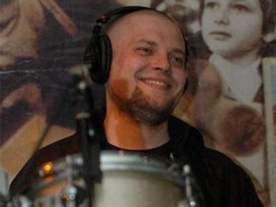 Михаил Долгов – преподаватель игры на ударной установке